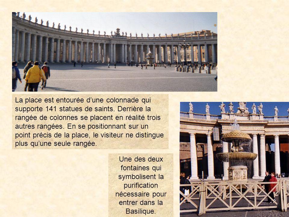 plastpier31 La Place Saint-pierre Cest la bénédiction que le pape adresse à la ville et à lunivers depuis le balcon de la basilique Saint-Pierre. PrÉc