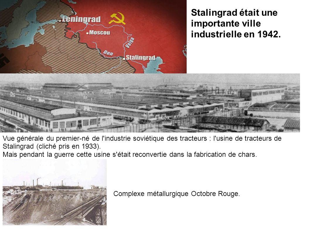 Stalingrad était une importante ville industrielle en 1942. Vue générale du premier-né de l'industrie soviétique des tracteurs : l'usine de tracteurs
