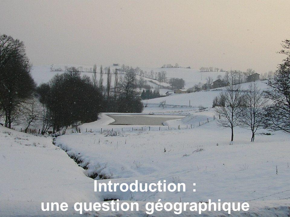 4 Le cadre géographique 92 communes.