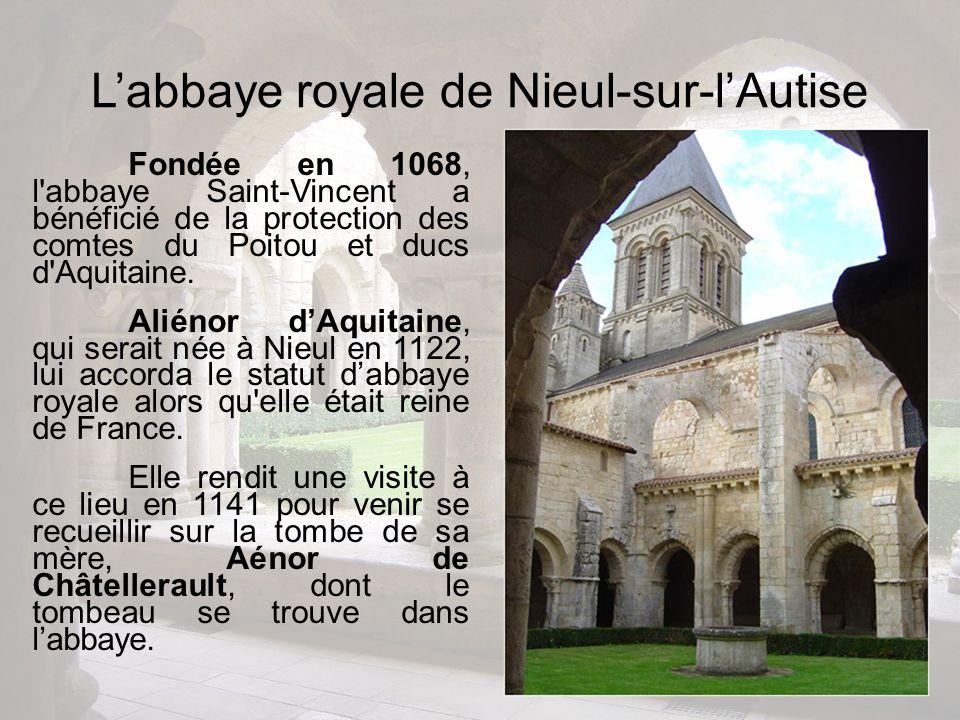 Fondée en 1068, l'abbaye Saint-Vincent a bénéficié de la protection des comtes du Poitou et ducs d'Aquitaine. Aliénor dAquitaine, qui serait née à Nie