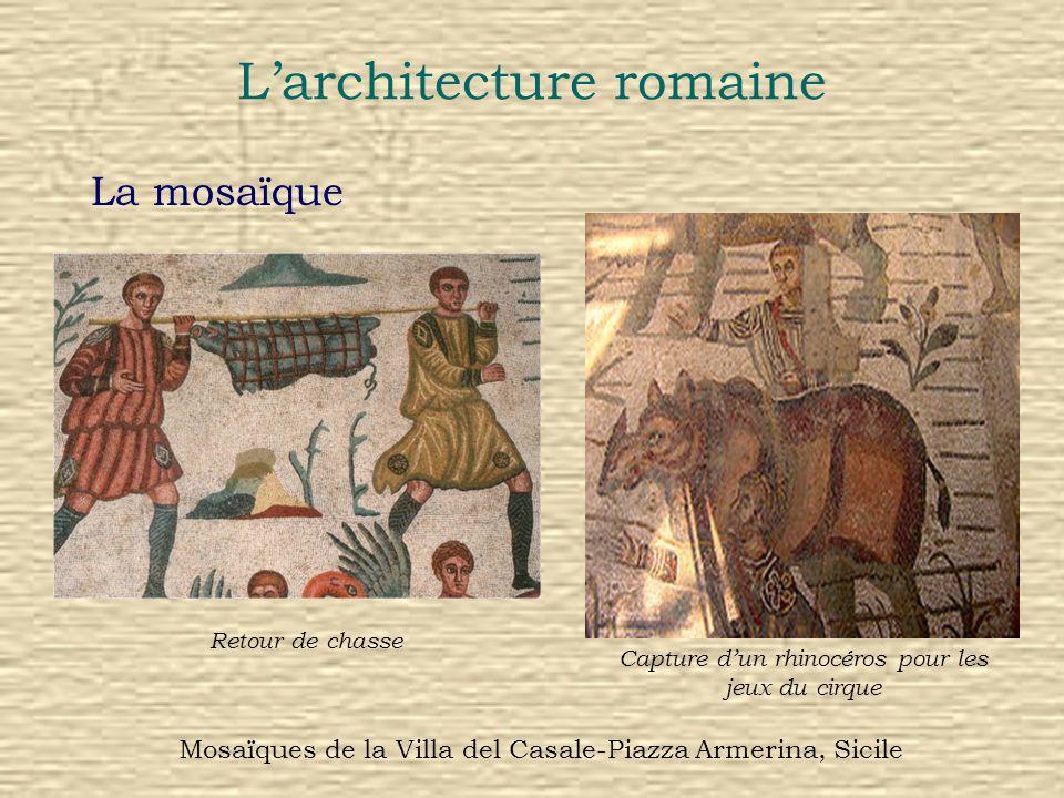 Larchitecture romaine La mosaïque Retour de chasse Capture dun rhinocéros pour les jeux du cirque Mosaïques de la Villa del Casale-Piazza Armerina, Si
