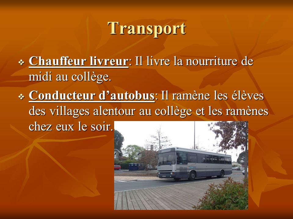 Transport Chauffeur livreur: Il livre la nourriture de midi au collège.