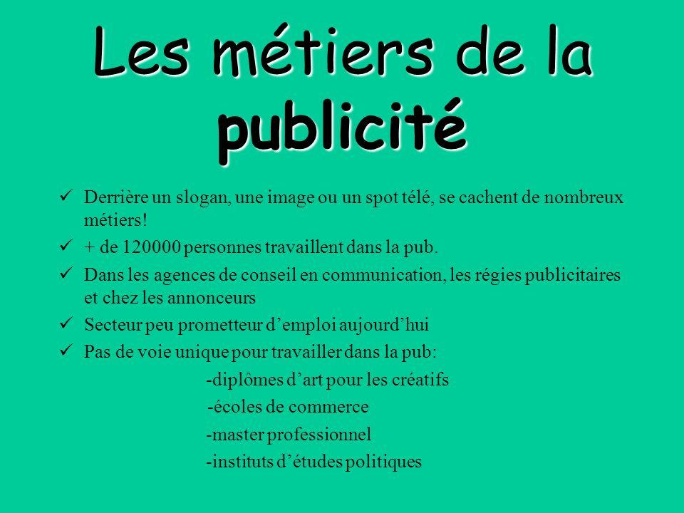 Secrétaire de rédaction ou « SR » Salaire brut mensuel débutant: de 1500 à 2500 Formations: - Diplôme décole de journalisme -13 écoles en France reconnues par la convention collective des journalistes.