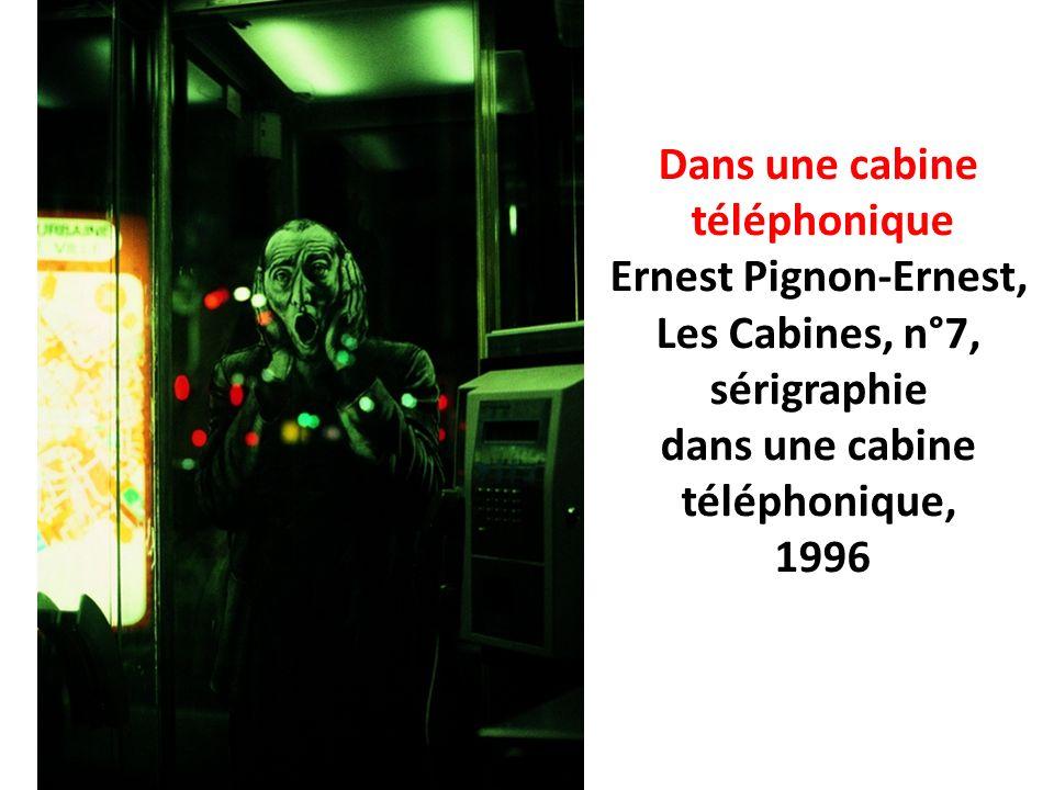 Dans une cabine téléphonique Ernest Pignon-Ernest, Les Cabines, n°7, sérigraphie dans une cabine téléphonique, 1996