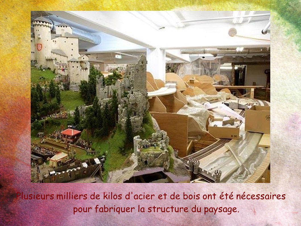 Plusieurs milliers de kilos d'acier et de bois ont été nécessaires pour fabriquer la structure du paysage.