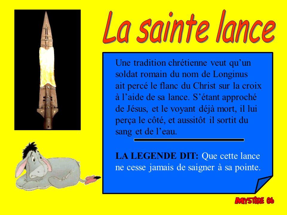 Cette épée a eu un triste sort, après avoir participé à toutes les victoires de Jeanne, elle fut brisée par celle ci sur le dos dune prostituée du qua