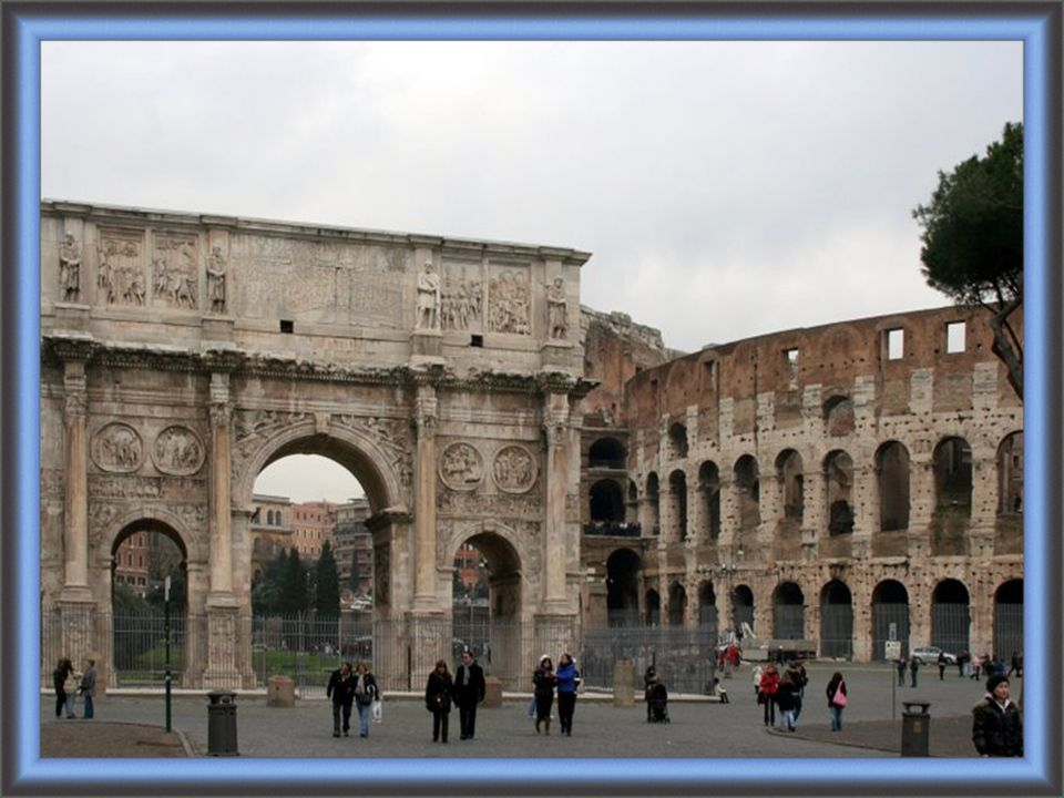 Aujourd hui, il est l un des symboles de la Rome moderne, une de ses attractions touristiques les plus populaires, et a encore des liens étroits avec l Église catholique romaine : chaque Vendredi saint, le pape mène une procession aux flambeaux sur un chemin de croix aboutissant à l amphi- théâtre.