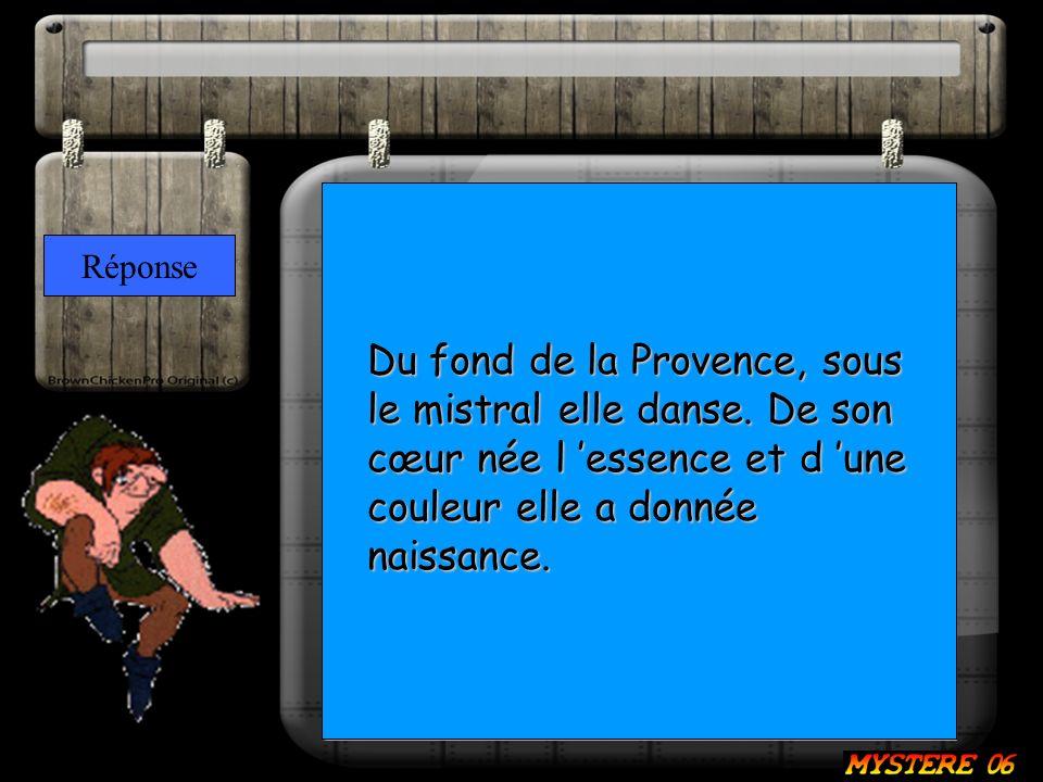 Du fond de la Provence, sous le mistral elle danse.