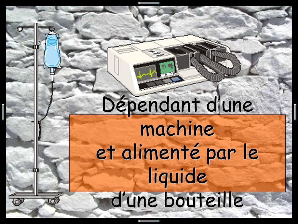 Dépendant dune machine et alimenté par le liquide dune bouteille