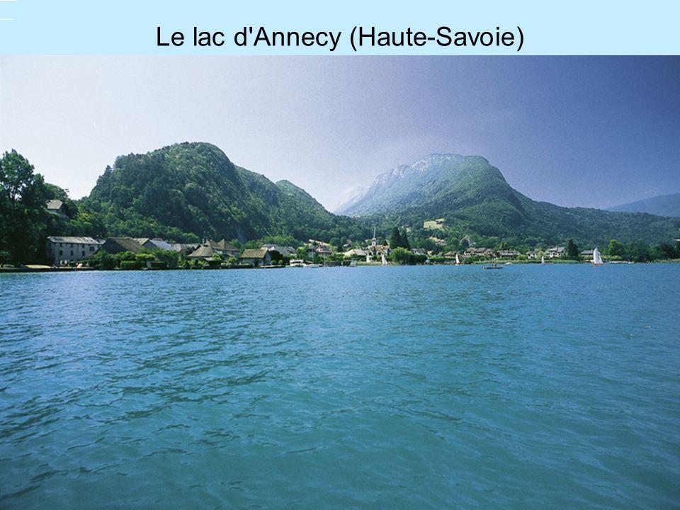 Le lac d'Annecy (Haute-Savoie)