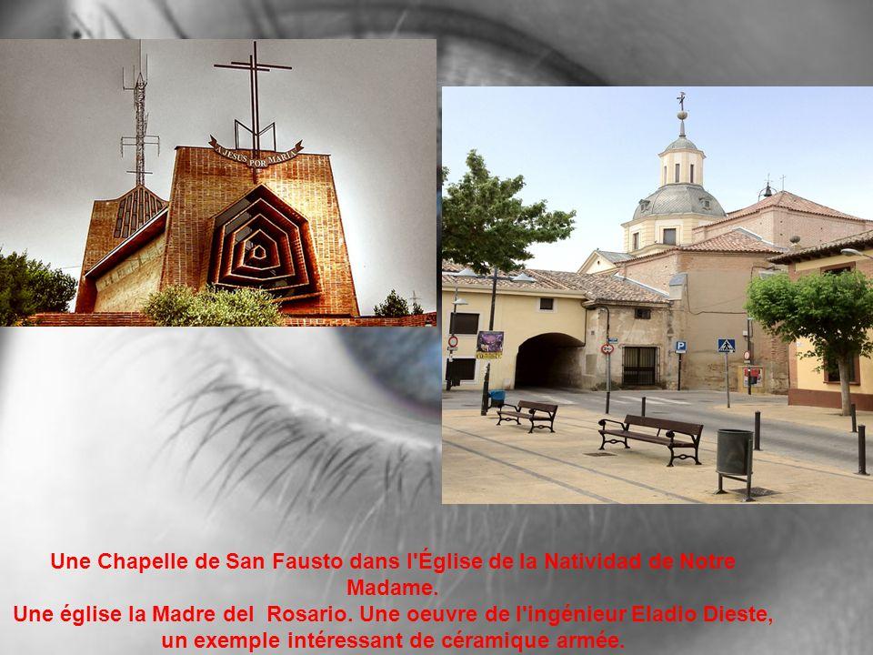 Une Chapelle de San Fausto dans l'Église de la Natividad de Notre Madame. Une église la Madre del Rosario. Une oeuvre de l'ingénieur Eladio Dieste, un
