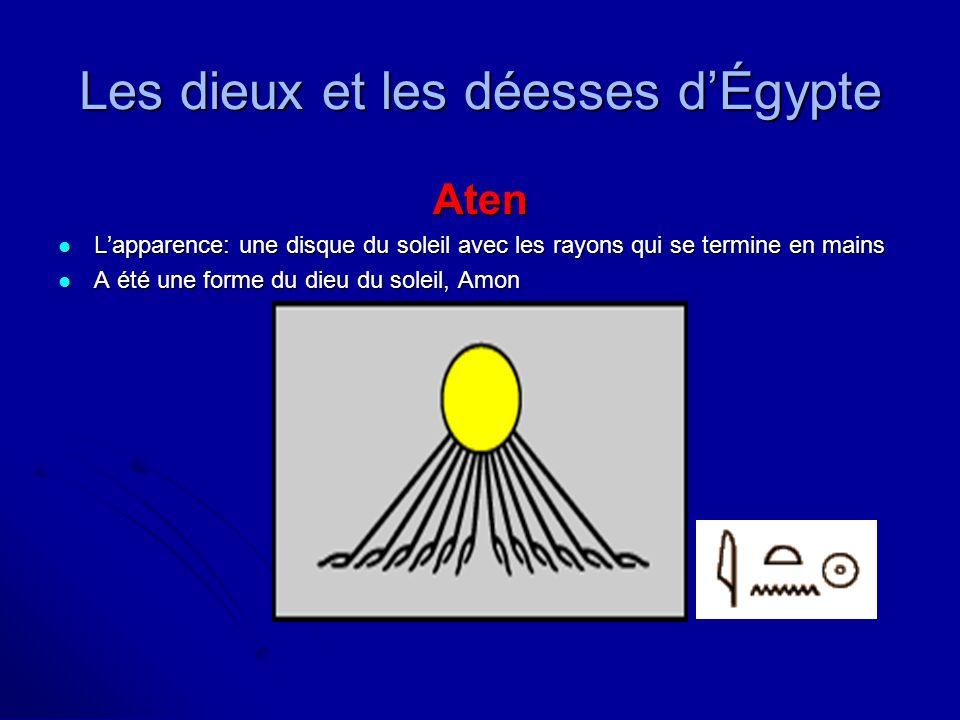 Atum Lapparence: un homme avec une double courrone (crown) Lapparence: un homme avec une double courrone (crown) Il a été le créateur des dieux Il a été le créateur des dieux Les Égyptiens ont cru quil a été le premier dieu qui est arrivé sur la terre Les Égyptiens ont cru quil a été le premier dieu qui est arrivé sur la terre Les dieux et les déesses dÉgypte