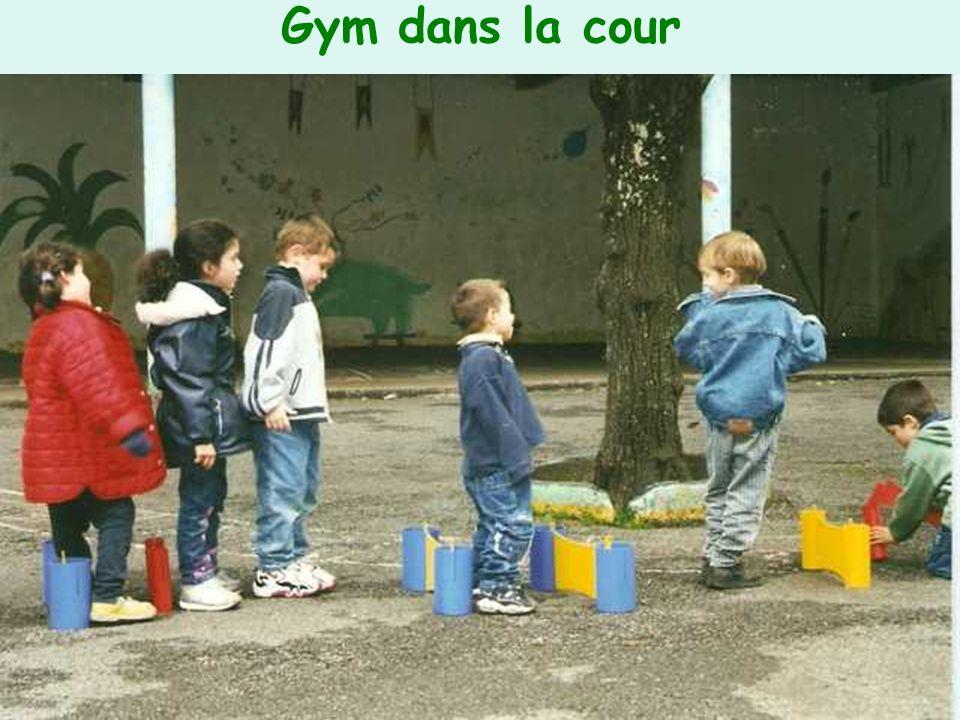 Gym dans la cour