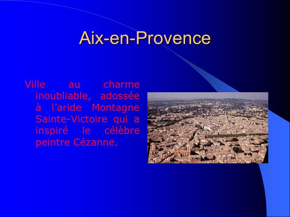 La Provence Champs de lavande, villes dart, couleurs et saveurs inoubliables, voilà la Provence