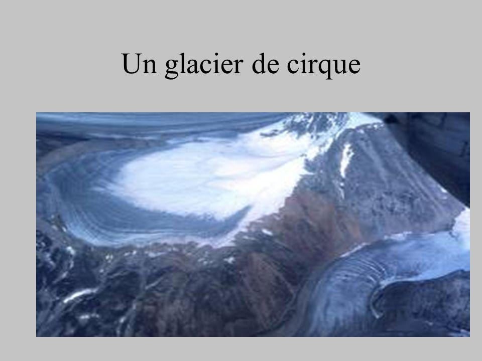 Le glacier des Bossons vers 1866
