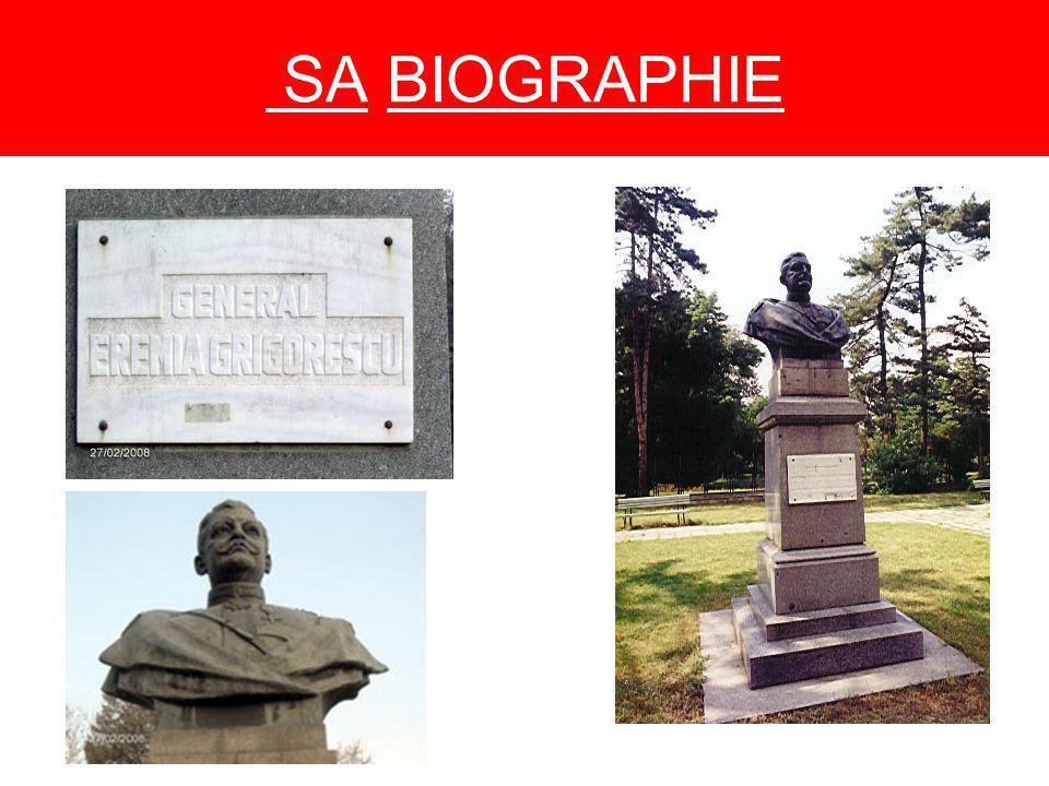 SA BIOGRAPHIE