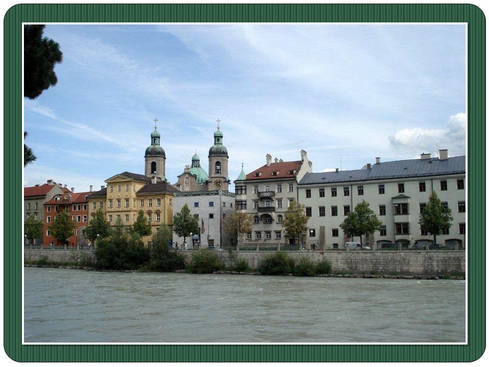 capitale du Land du Tyrol, traversée par la rivière l'Inn. Elle est la cinquième ville d'Autriche de part sa population, après Vienne, Graz, Linz et S