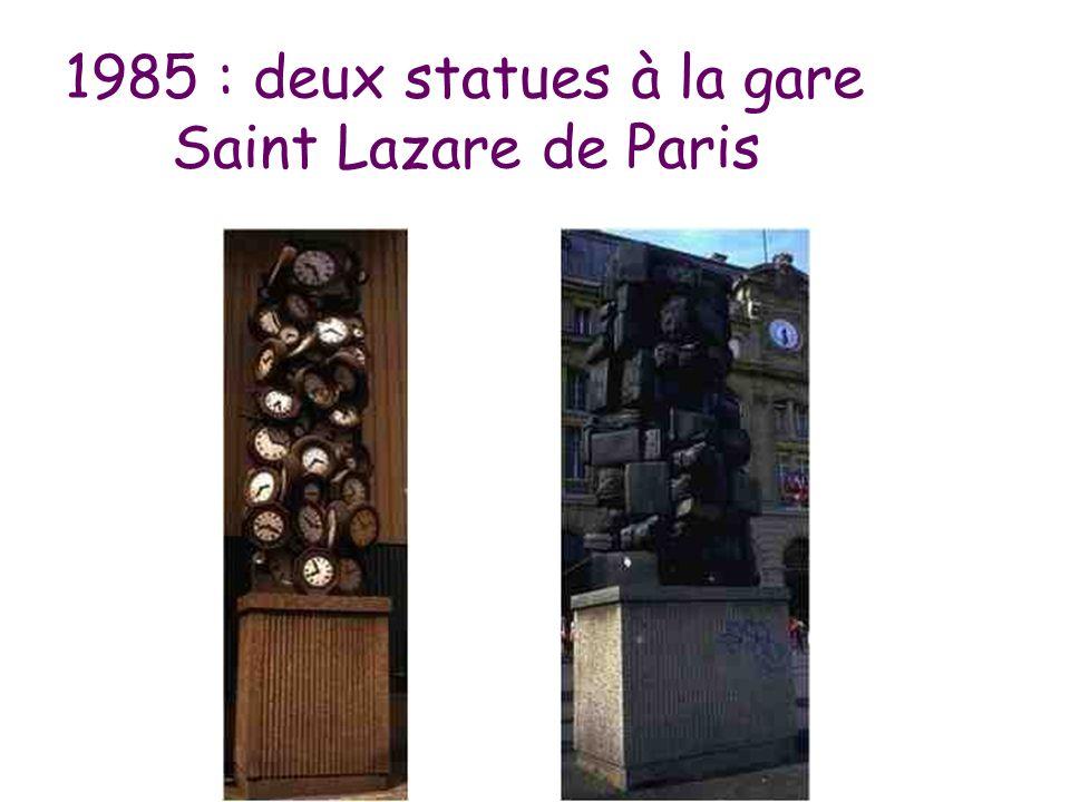 1985 : deux statues à la gare Saint Lazare de Paris