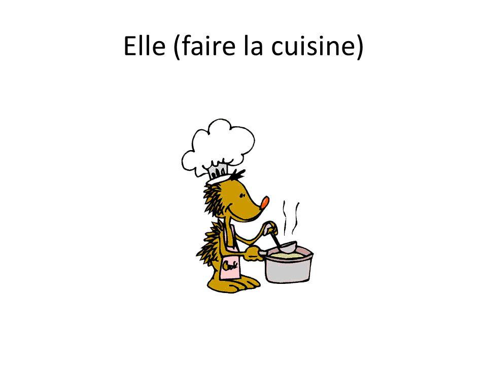 Elle (faire la cuisine)