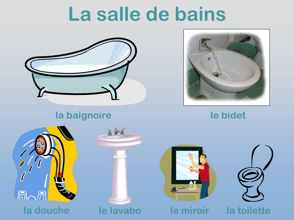 La salle de bains la baignoirele bidet la douche le lavabole miroirla toilette