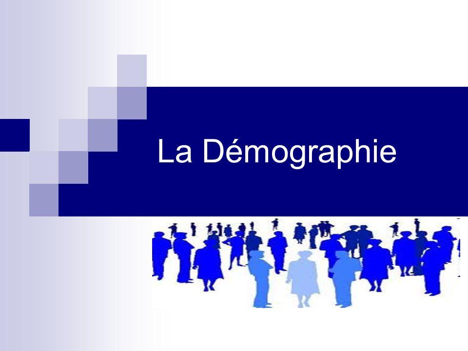 Définition La démographie: (fém..) étude de la population, de son taux de croissance, de renouvellement, de sa répartition géographique Source: http://www.le-dictionnaire.com