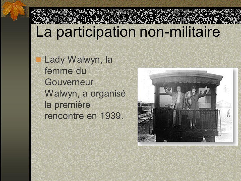 La participation non-militaire Lady Walwyn, la femme du Gouverneur Walwyn, a organisé la première rencontre en 1939.
