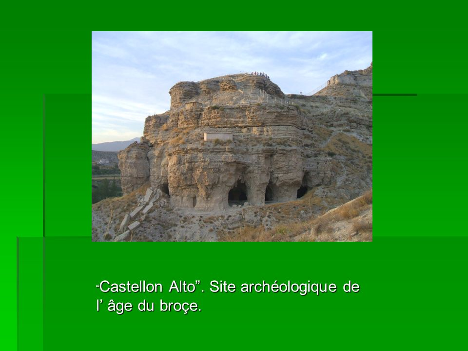 Castellon Alto. Site archéologique de l âge du broçe.