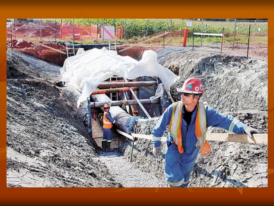 Inspection du pipeline dEnbridge dans la région de Mirabel.