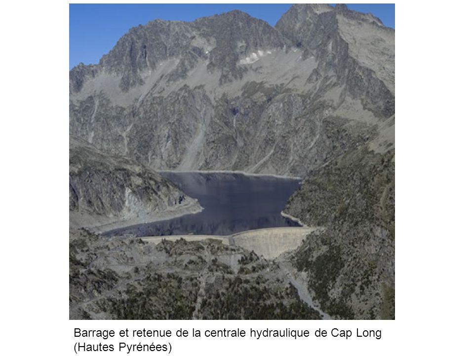Barrage et retenue de la centrale hydraulique de Cap Long (Hautes Pyrénées)