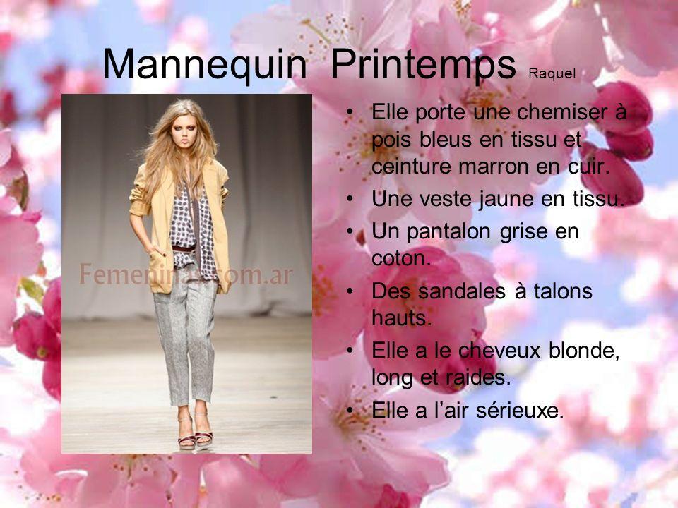 Mannequin Printemps Raquel Elle porte une chemiser à pois bleus en tissu et ceinture marron en cuir. Une veste jaune en tissu. Un pantalon grise en co