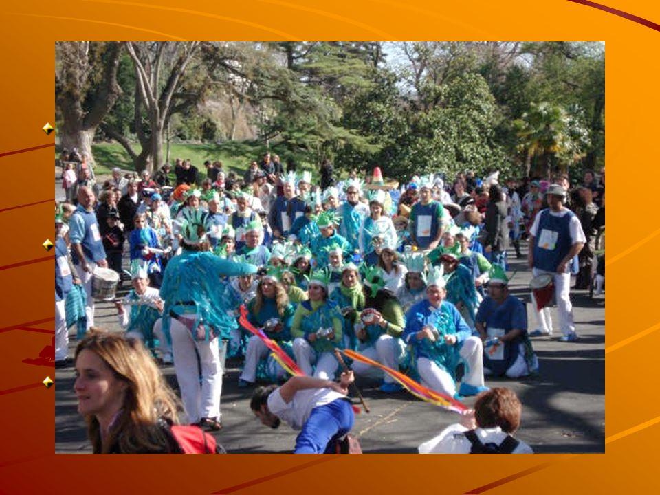 LE CARNAVAL Beaucoup dhomogénéité dans les Carnavals dans le temps et lespace Mais beaucoup de variations dans les Manifestations à cause des données
