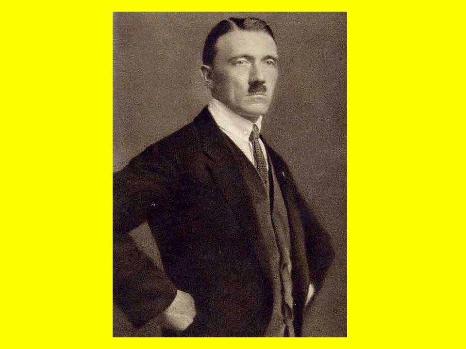 Après la guerre Hitler est entré dans la politique et est devenu chef du NSDAP qui est devenu le parti nazi