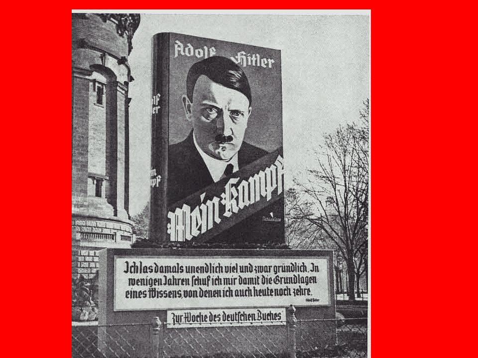 Pendant quil est en prison, il écrit son grand livre, MEIN KAMPF
