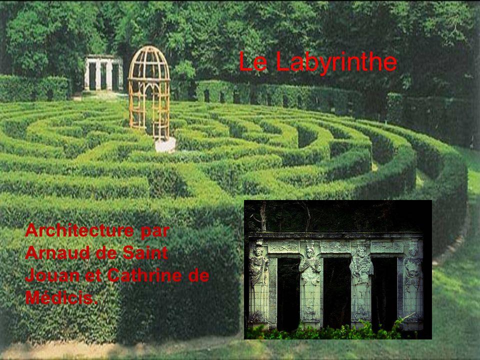 Le Labyrinthe Architecture par Arnaud de Saint Jouan et Cathrine de Médicis.
