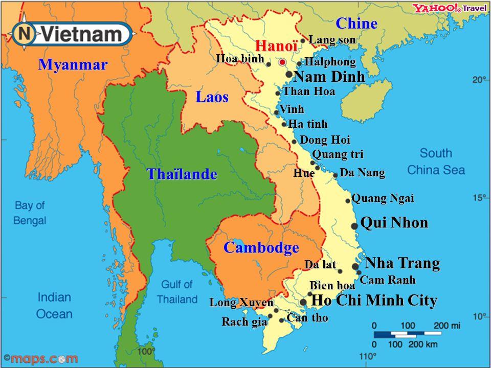 Carte didentité Population : plus de 84 millions habitants Population : plus de 84 millions habitants Superficie : 331 041 km² (3/5 de la France) Capitale : Hanoï Langue : Vietnamien Monnaie : Dong (1$ USD = 17 500 dông & 1 Euro = 22 000 dông) Régime : Etat Communiste