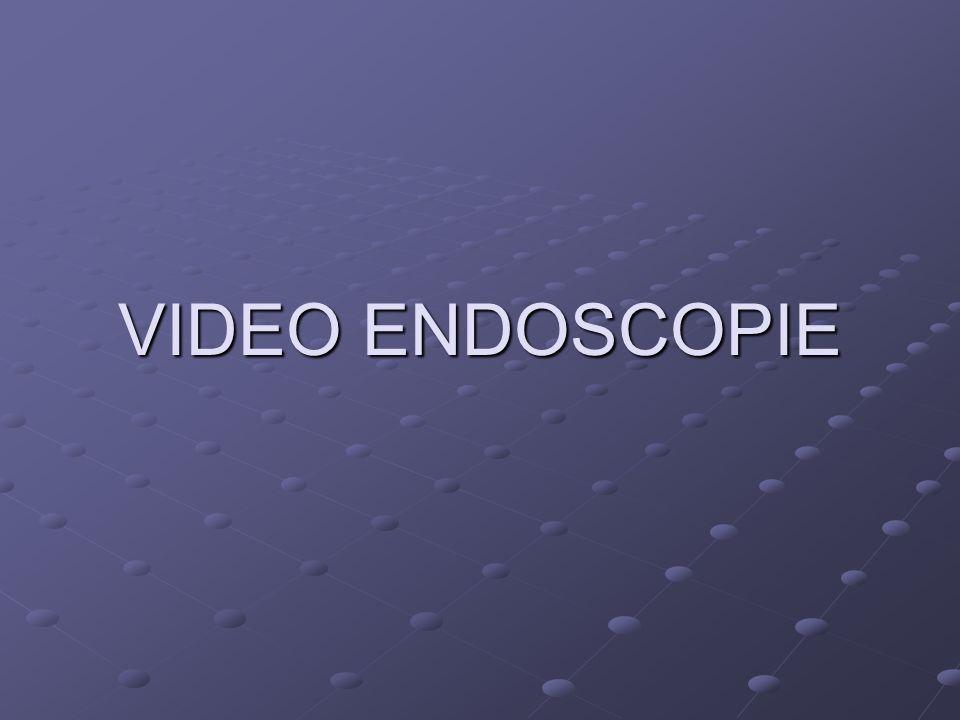 LA CICLOSPORINE (2 ème ligne) -Rémission clinique chez 80% Résistants corticoïdes.