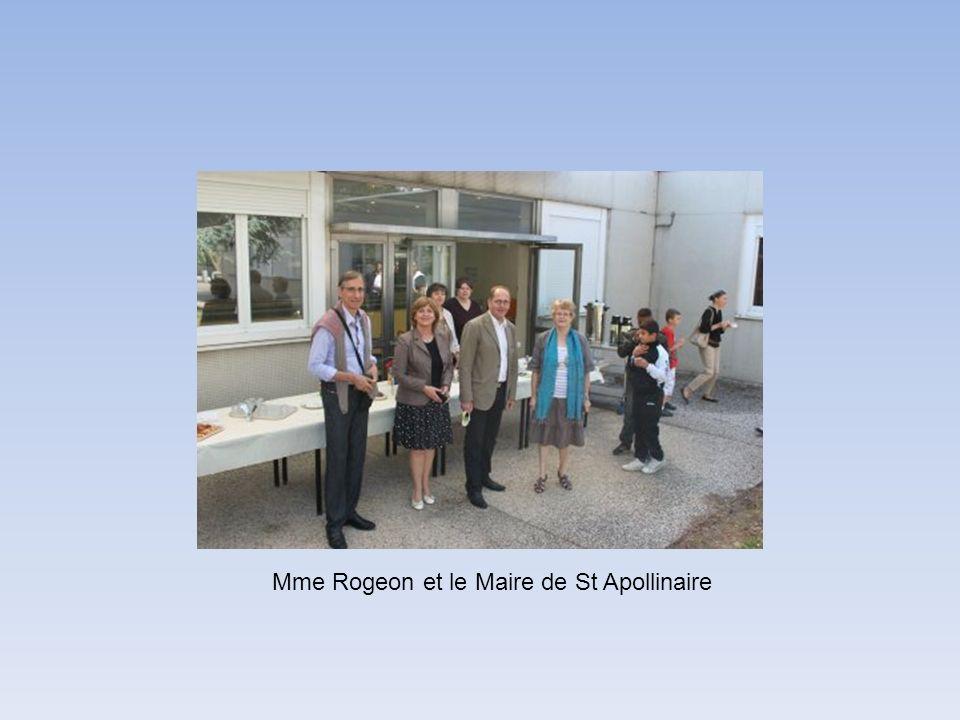 Mme Rogeon et le Maire de St Apollinaire