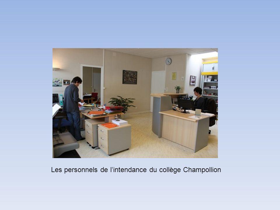 Les personnels de lintendance du collège Champollion