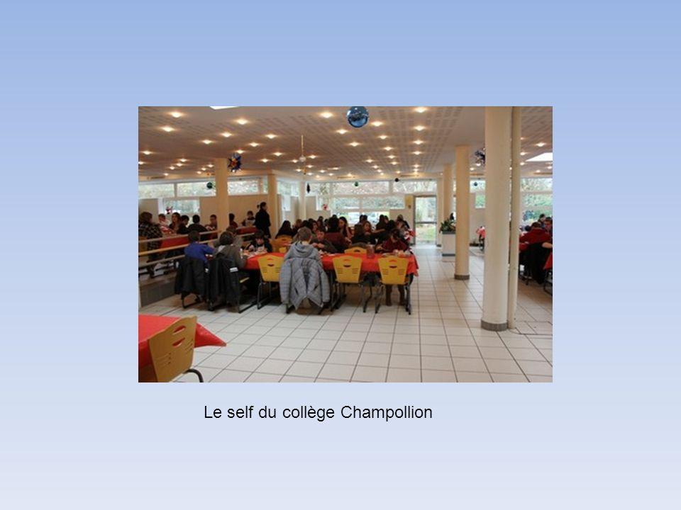 Le self du collège Champollion