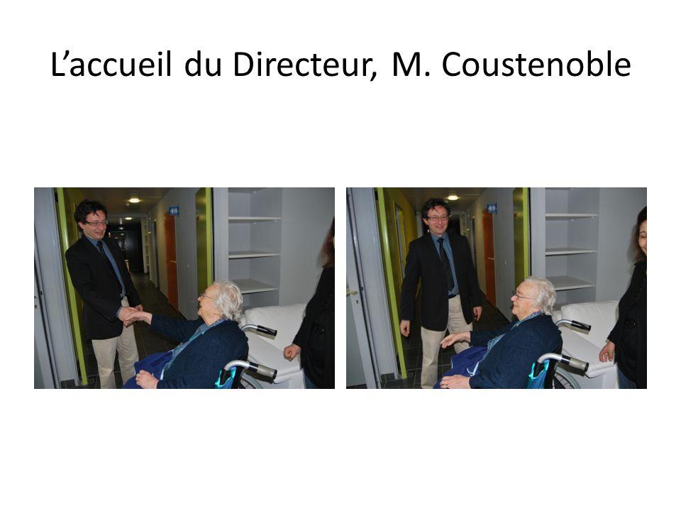Laccueil du Directeur, M. Coustenoble