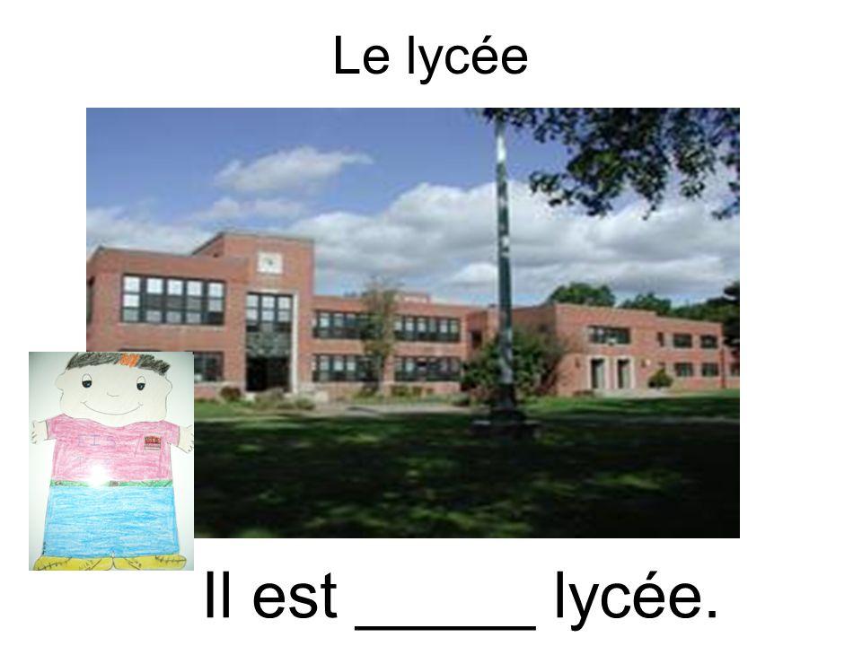 Luniversité (f.) Il est _____ université. La Sorbonne