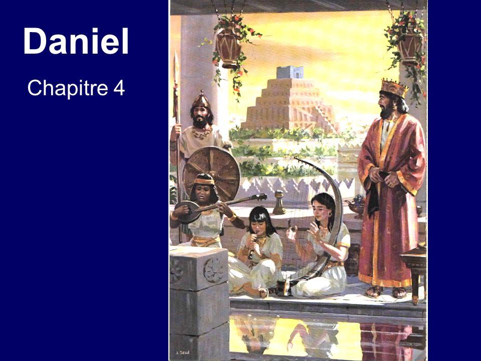 Daniel chapitre 4 25.On te chassera du milieu des hommes, tu auras ta demeure avec les bêtes des champs, et lon te donnera comme aux boeufs de lherbe à manger [maladie de zoanthropie]; tu seras trempé de la rosée du ciel, et sept temps [7 ans] passeront sur toi, jusquà ce que tu saches que le Très-Haut domine sur le règne des hommes et quil le donne à qui il lui plaît.