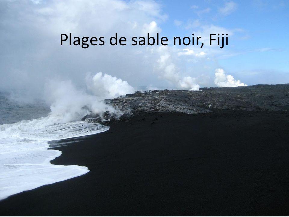 Plages de sable noir, Fiji