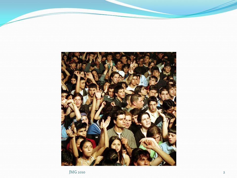 Bibliographie CERIN «L alimentation des adolescents » Recommandations Pratiques www.cerin.orgwww.cerin.org Certificat de Nutrition DCEM2 Faculté de Médecine Pierre et Marie Curie Guide de nutrition des enfants et ados pour tous les parents PNNS Inpes La Revue du Praticien Médecine Générale Tome 21 N°784/785 16 octobre 2007 Obésité de lEnfant Prise en Charge Nutritionnelle; Marie Laure Frelut,Brigitte Merle JMG 201033