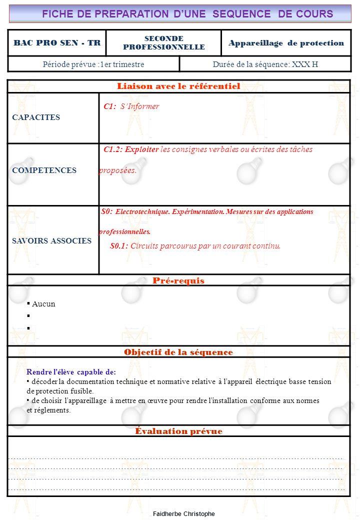 Seconde Bac Professionnel ELEEC Synthèse Plan du Cours ………………………………..……… M.FAIDHERBE, Professeur au Lycée Privé Saint Rémi Pôle professionnel Léonard de Vinci Liaison avec le référentiel C7X C6X C5X C4X C3X C2X C1x S0S1S2S3S4S5S6S7 CHAMP PROFESSIONNEL: Alarme, Sécurité, Incendie COURS N°9-1: APPAREILLAGE DE PROTECTION: LE FUSIBLE S0: Les Systèmes Electroniques dAlarme, Sécurité, Incendie S0 -1.0: Règles techniques dinstallation Lycée Saint-Rémi, site Léonard de Vinci BAC PRO SEN – TR Seconde Professionnelle Lieu dActivité: Classe I).Définition II).Électricité dans la matière III).Courant électrique III.1Définition III.2Mesure de lintensité du courant électrique IV).Formules IV.1Intensité IV.2Densité du courant(J) IV.3Application V).Différence de potentiel ( tension) V.1Définition V.2Analogie (circuit hydraulique) V.3Application Exercices Expérience Cours