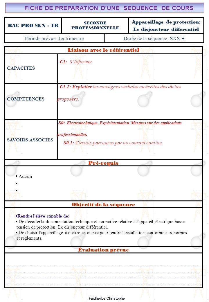 Seconde Bac Professionnel ELEEC Synthèse Plan du Cours ………………………………..……… M.FAIDHERBE, Professeur au Lycée Privé Saint Rémi Pôle professionnel Léonard de Vinci Liaison avec le référentiel C7X C6X C5X C4X C3X C2X C1x S0S1S2S3S4S5S6S7 CHAMP PROFESSIONNEL: Alarme, Sécurité, Incendie COURS N°9-3: APPAREILLAGE DE PROTECTION: Le Disjoncteur Différentiel S0: Les Systèmes Electroniques dAlarme, Sécurité, Incendie S0 -1.0: Règles techniques dinstallation Lycée Saint-Rémi, site Léonard de Vinci BAC PRO SEN – TR Seconde Professionnelle Lieu dActivité: Classe I).Définition II).Électricité dans la matière III).Courant électrique III.1Définition III.2Mesure de lintensité du courant électrique IV).Formules IV.1Intensité IV.2Densité du courant(J) IV.3Application V).Différence de potentiel ( tension) V.1Définition V.2Analogie (circuit hydraulique) V.3Application Exercices Expérience Cours