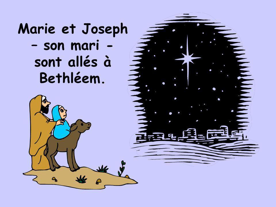 Jésus est né dans une étable parce quil navait pas de places pour eux dans l hôtellerie.