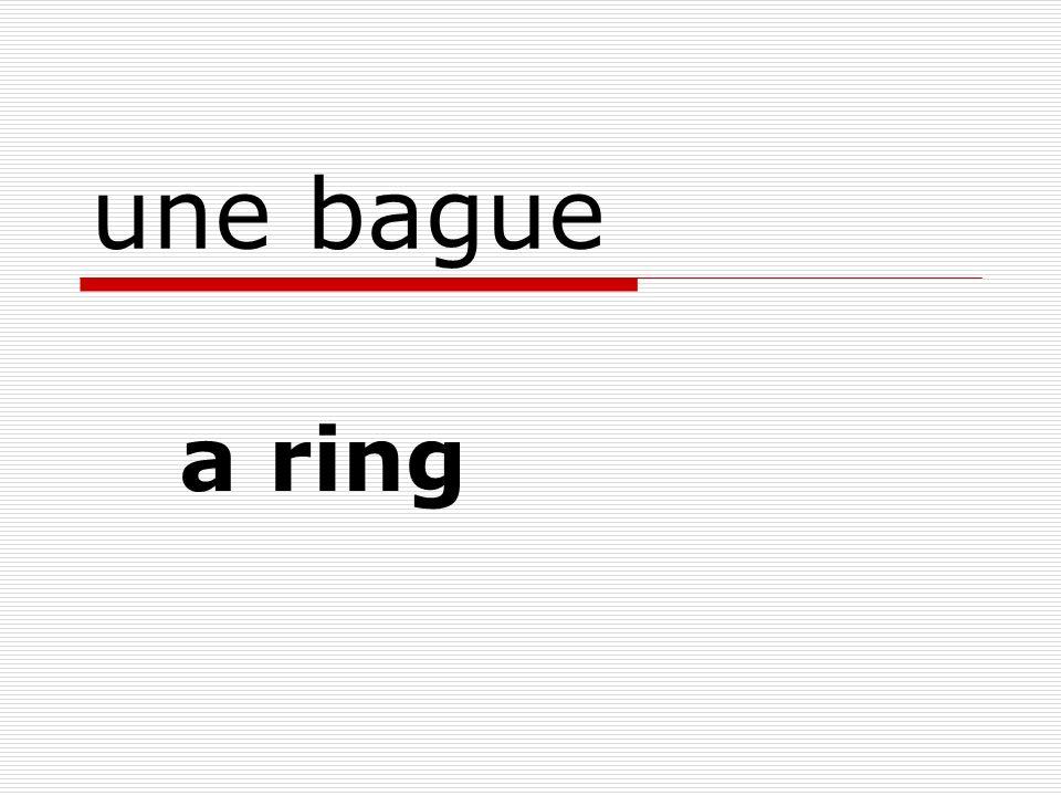 une bague a ring