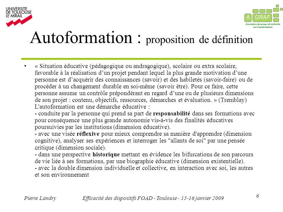 7 Pierre LandryEfficacité des dispositifs FOAD - Toulouse - 15-16 janvier 2009 Dispositif : proposition de définition Le dispositif est un construit d éléments en fonction des demandes, des situations, des contextes, pour une action de formation donnée mise en œuvre par de(s) organisation(s) ou de(s) institution(s).