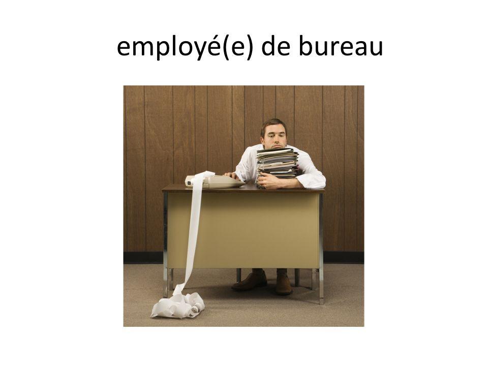 employé(e) de bureau